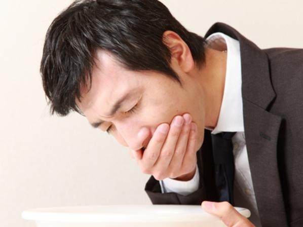sintomas en tumor cerebral-nauseas