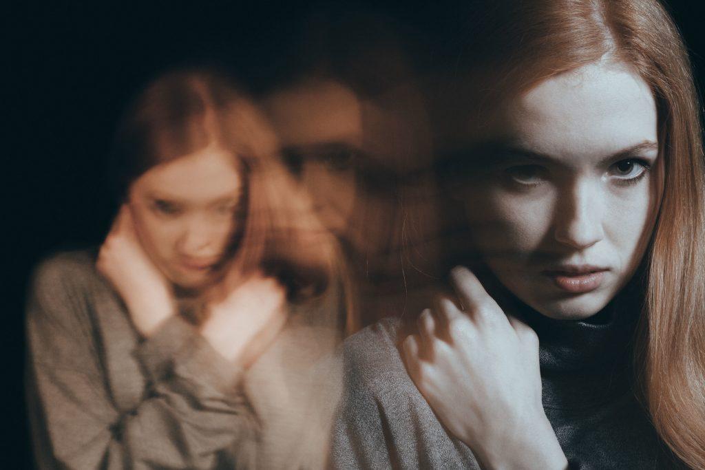 esquizofrenia síntomas positivos y negativos