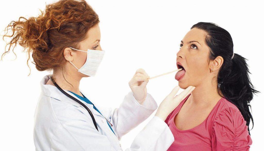 signos y sintomas cancer de garganta