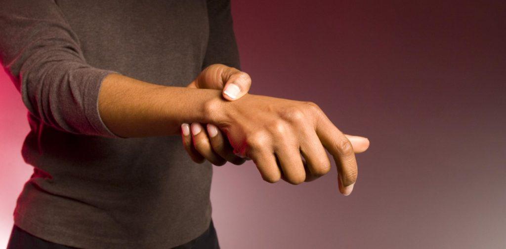 sintomas artritis reumatoide tratamiento