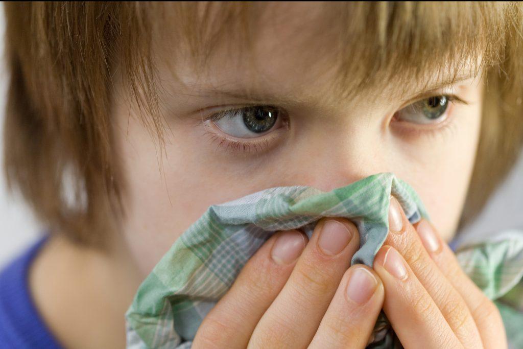 sintomas de sinusitis en los ninos