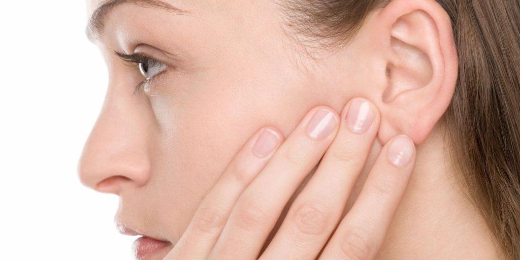 sintomas otitis aguda adultos