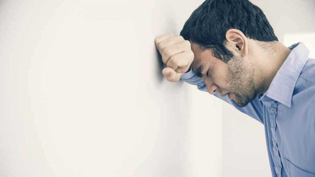 estres sintomas fisicos y psicologicos